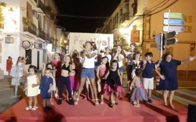 Una Xicalla festera i artista